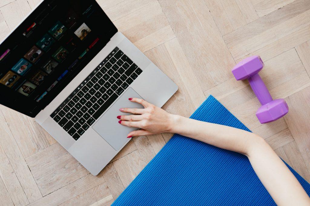 4 способа вернуть мотивацию к тренировкам, когда не хочется вставать с тёплой постели