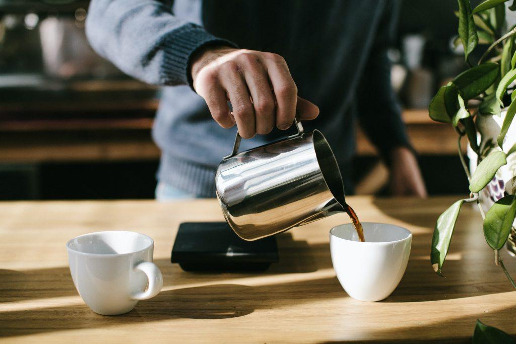 Необычный способ сделать ваш кофе менее горьким без помощи сахара