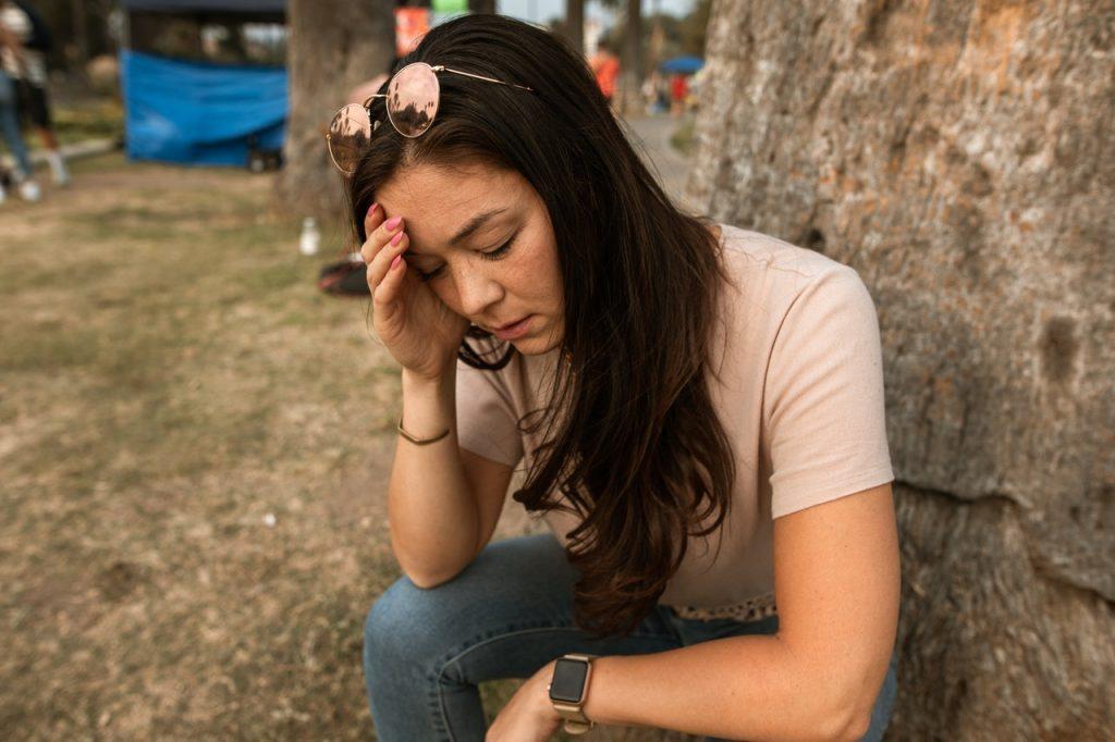 Как понять, не вызвана ли ваша головная боль COVID-19