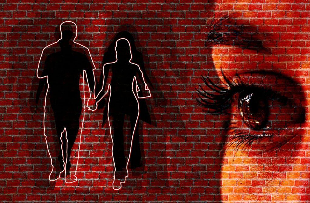 Необычный фактор, который увеличивает вероятность того, что ревность разрушит отношения
