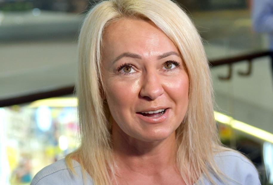 «Добро пожаловать на нашу сказочную ёлку»: Яна Рудковская похвасталась своей зелёной красавицей