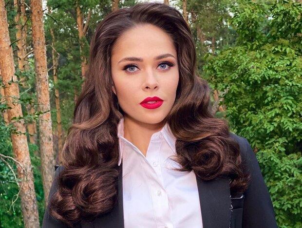 После финала шоу «Танцы со звездами» Юлия Санина улетела на заслуженный отдых