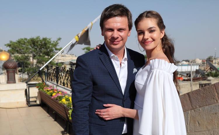 Дмитрий Комаров необычно поздравил любимую с днем рождения