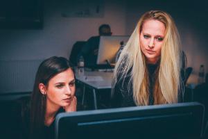Чек-лист для трудоголиков: как научиться отдыхать без негативного влияния на работу