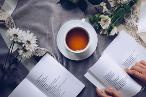 Топ 3 книги по саморазвитию, которые помогут эффективно и интересно провести вечер