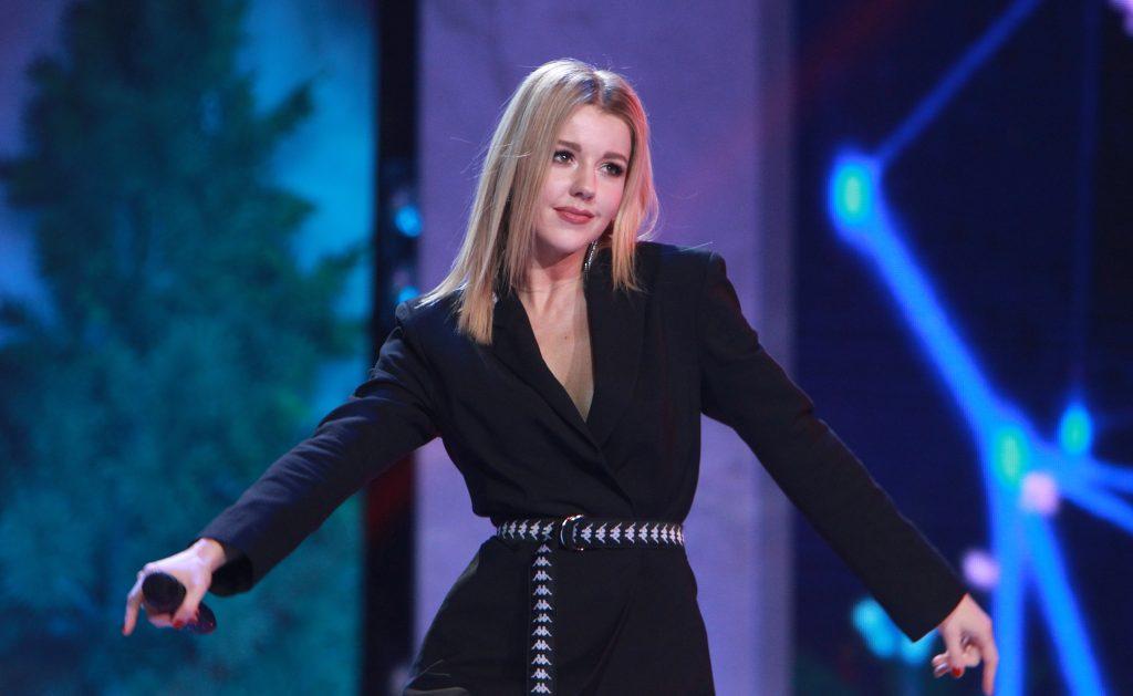 «Отказалась от всех мероприятий, но от похода в Большой театр отказаться не смогла»: Юлианна Караулова рассказала о своем выходе в свет