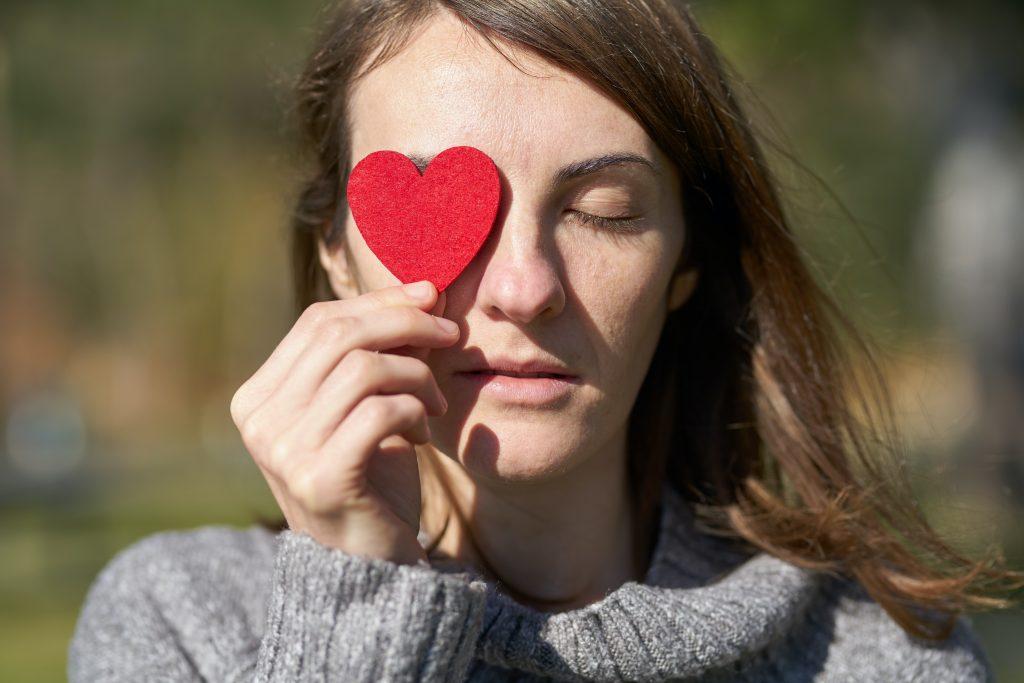 Почему сердечные приступы так часто встречаются зимой