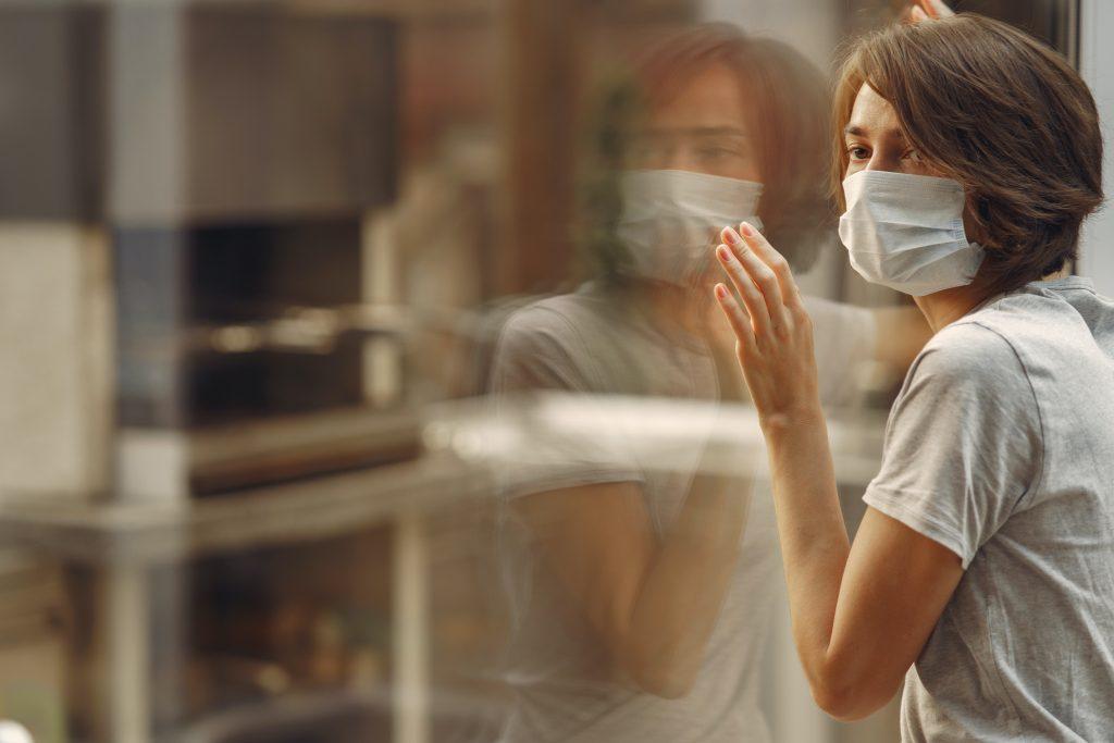 7 новых мифов о коронавирусе, в которые не стоит верить ни одному человеку