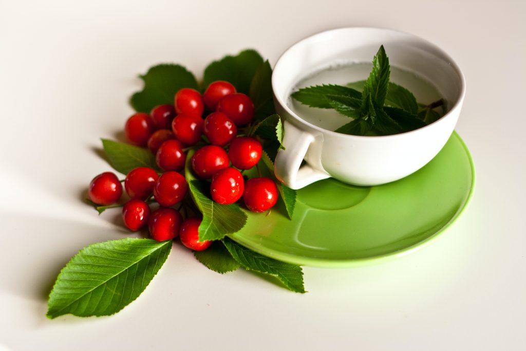 4 вкусных напитка, которые помогут вам похудеть больше, чем яблочный уксус