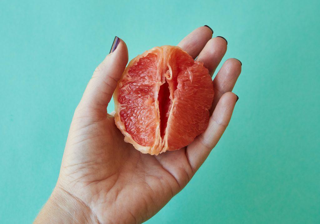 7 симптомов рака шейки матки, игнорировать которые опасно для жизни