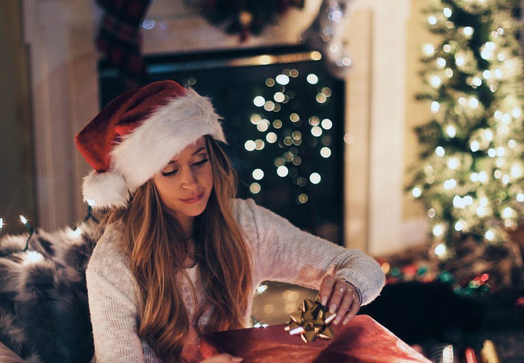 Не успели ничего купить на праздник? Оригинальные подарки, которые не будут вам стоить ни копейки