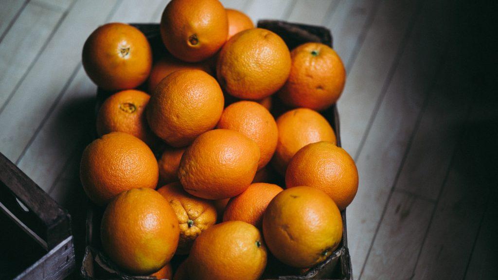 Действительно ли сожжённые апельсины помогают вернуть вкус после COVID-19?