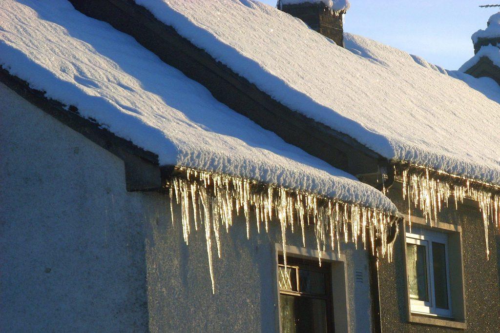 Подготовка дома к суровой зиме: 5 вещей, которые чаще всего забывают сделать люди
