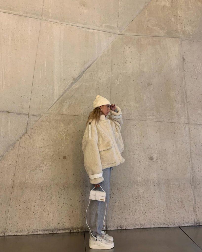 Как дополнить образ: 3 модные шапки на зиму 2021 года