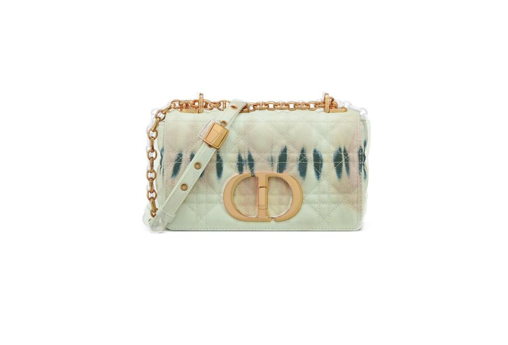 В честь сестры Кристиана Диора: Dior выпустили новую сумку