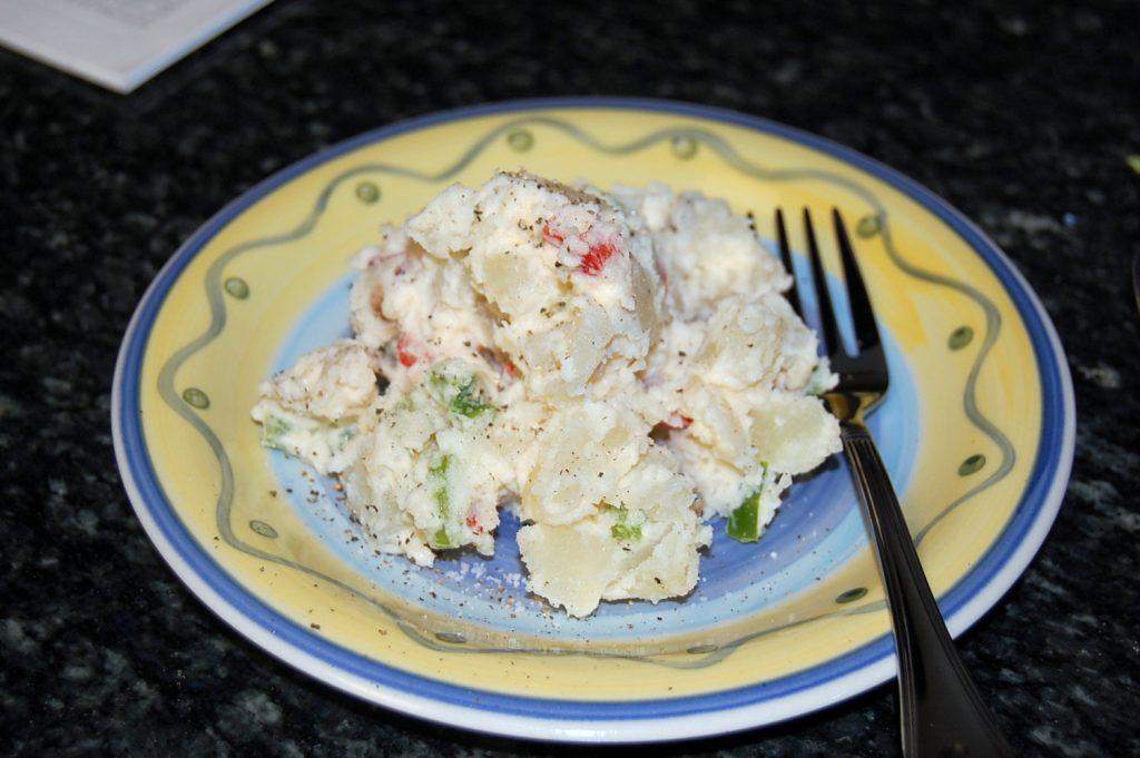 Что приготовить на Старый Новый год: рецепт не менее вкусного салата, чем «Оливье»