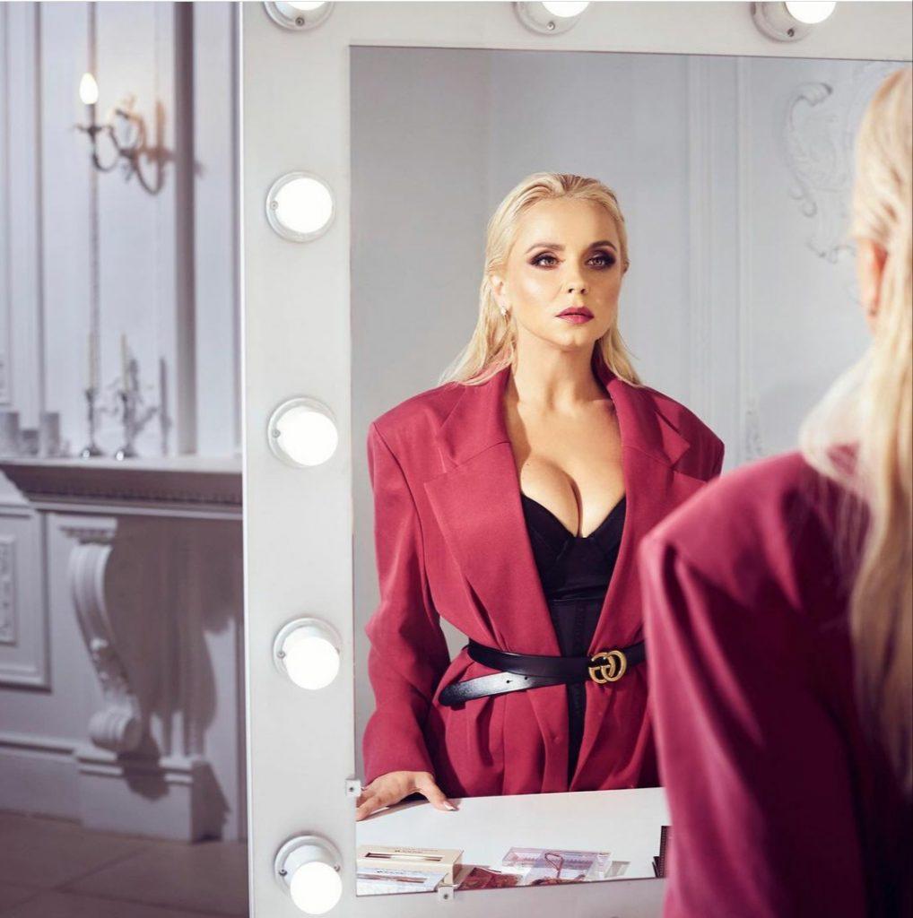 Лилия Ребрик поделилась рецептом идеального макияжа