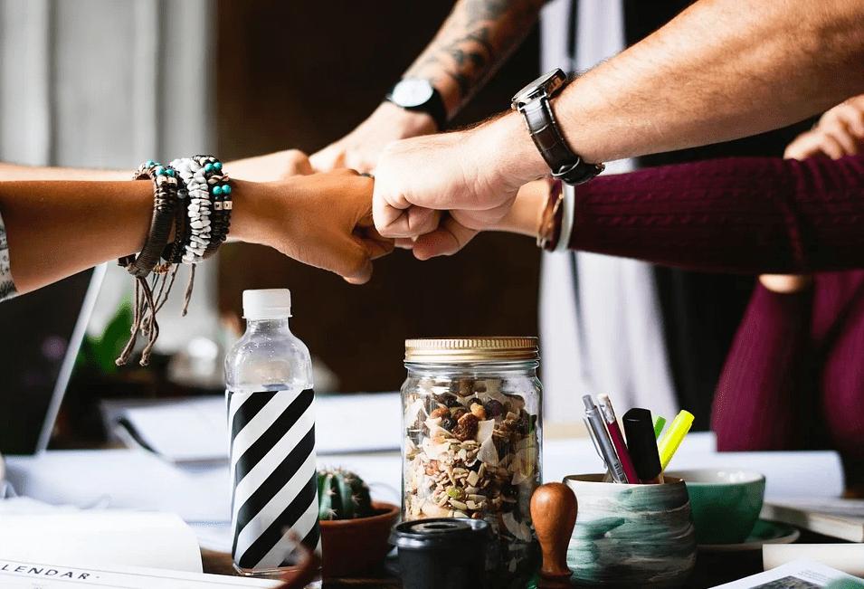 Топ 3 полезных хобби, которыми можно заниматься вместе с коллегами