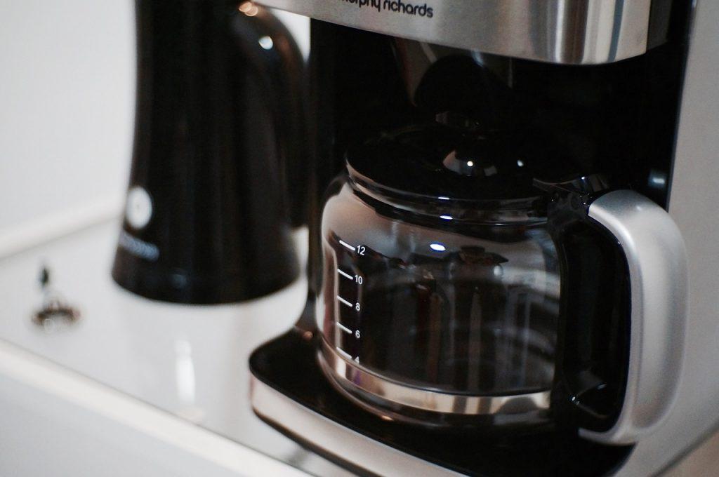 3 ошибки при чистке кофеварки, из-за которых портится вкус вашего кофе