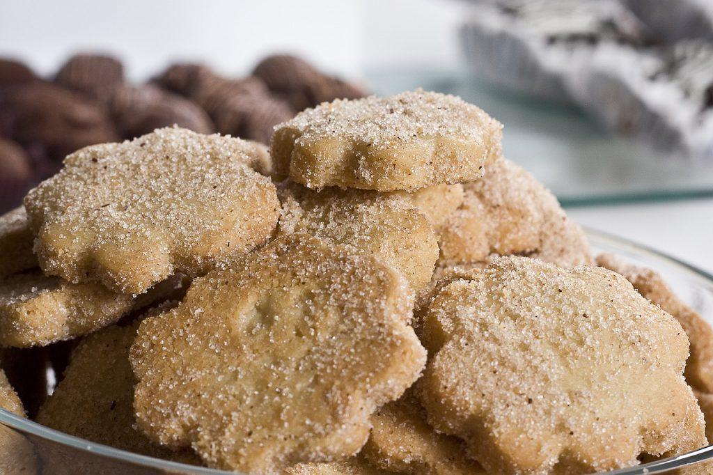 Самый простой рецепт рождественского печенья из ингредиентов, что есть у вас дома