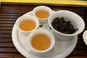 Один чай, который стоит начать пить, чтобы растопить жир прямо во время сна