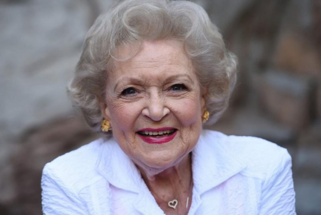 Как дожить до 99 лет: секрет долголетия знаменитой актрисы Голливуда Бетти Уайт