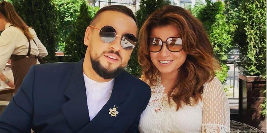 Так выглядит любовь: Дима Монатик опубликовал романтическое фото с женой