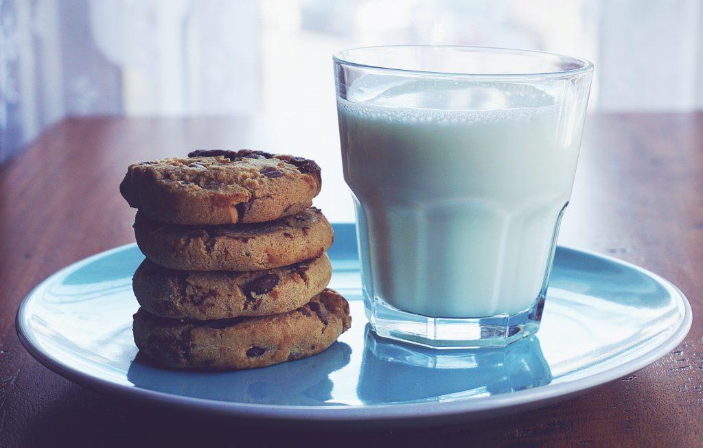 Продукты, которые нужно прекратить есть, если у вас жирная кожа