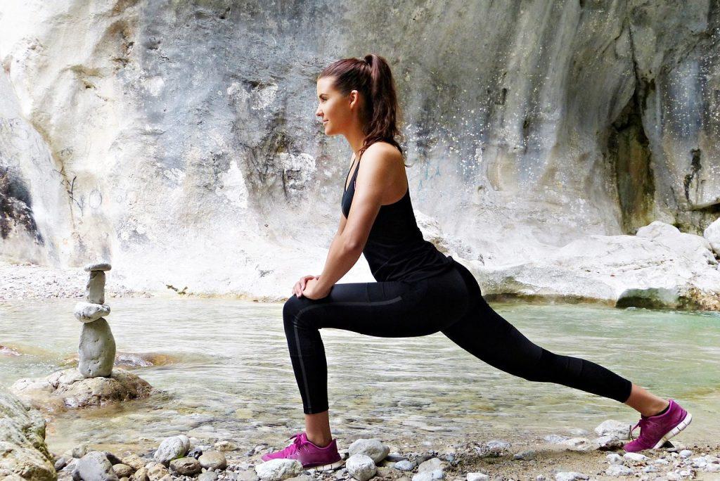 Одно упражнение, которое подкачает мышцы ног и ягодиц одновременно