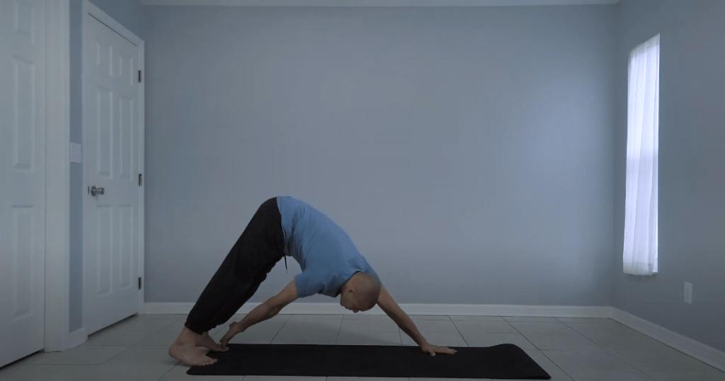 Мощное 60-секундное упражнение, которое расправится с жиром на животе