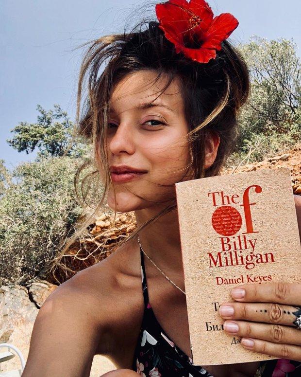 Регина Тодоренко поделилась списком книг, которые изменили ее жизнь