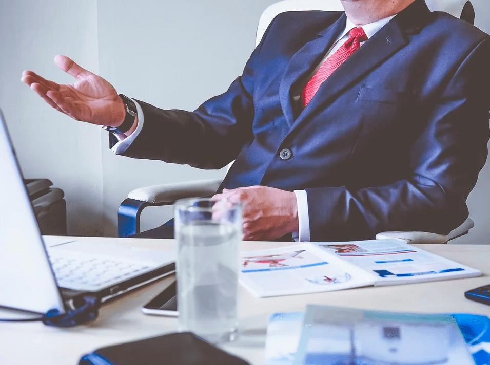 4 правила, которые сделают из вас образцового начальника