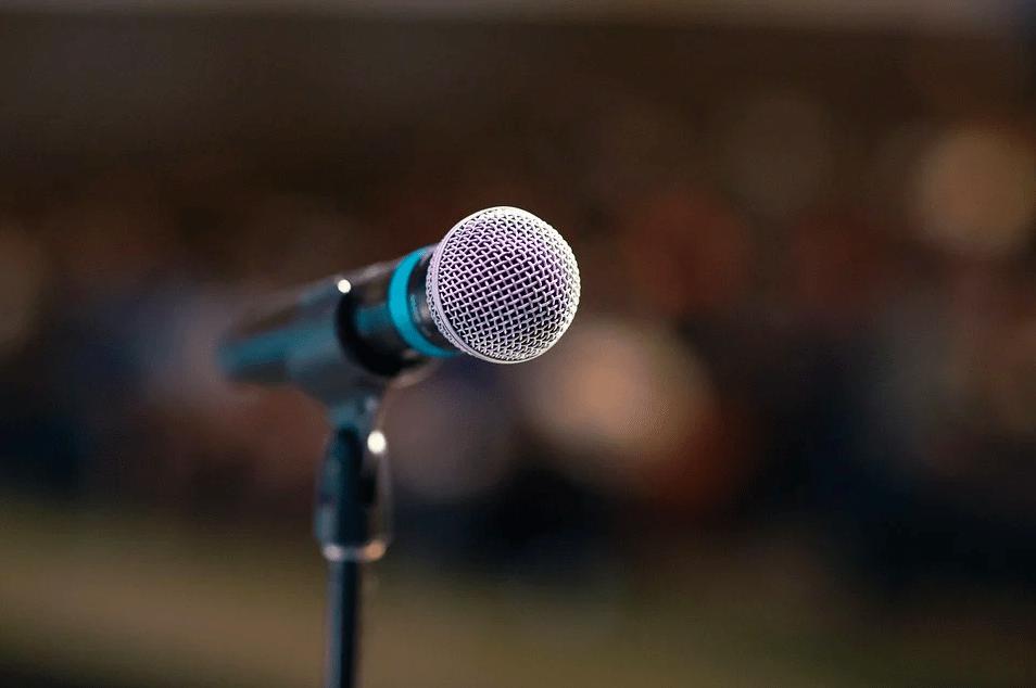 Почему вы боитесь выступлений: 3 распространенные причины