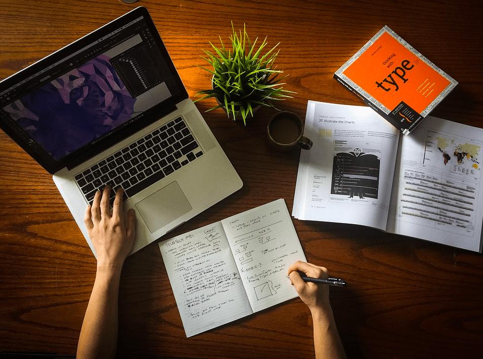 Что делать пока вы ищите работу: 3 полезных и нужных занятия