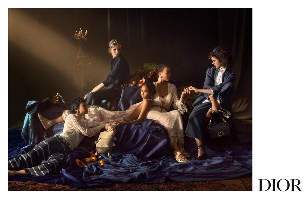 Живопись Барокко: о чем весенний кампейн от Dior
