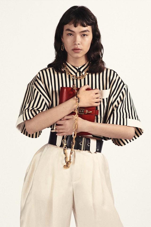 Идеально на весну: Louis Vuitton показывают новую модель сумки