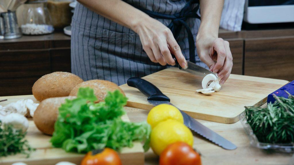 Вкусный продукт, который стоит добавить в ежедневный рацион ради витамина D