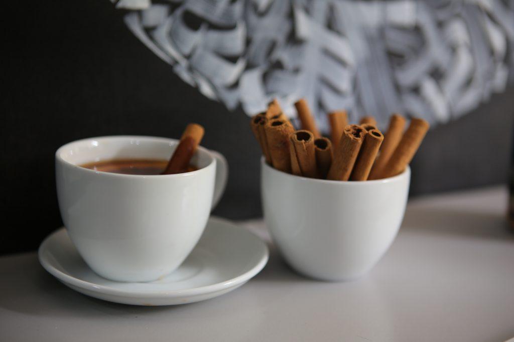 Что добавить в кофе, чтобы он мгновенно ускорил ваш метаболизм