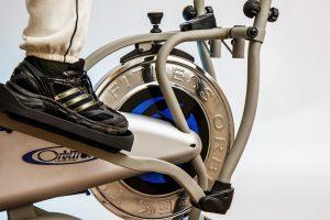Велотренажёр или эллиптический тренажёр: что лучше для сжигания калорий?