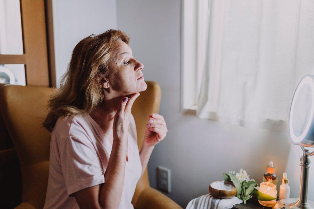 Появились волосы на лице: когда они связаны с болезнью, а не гормонами?