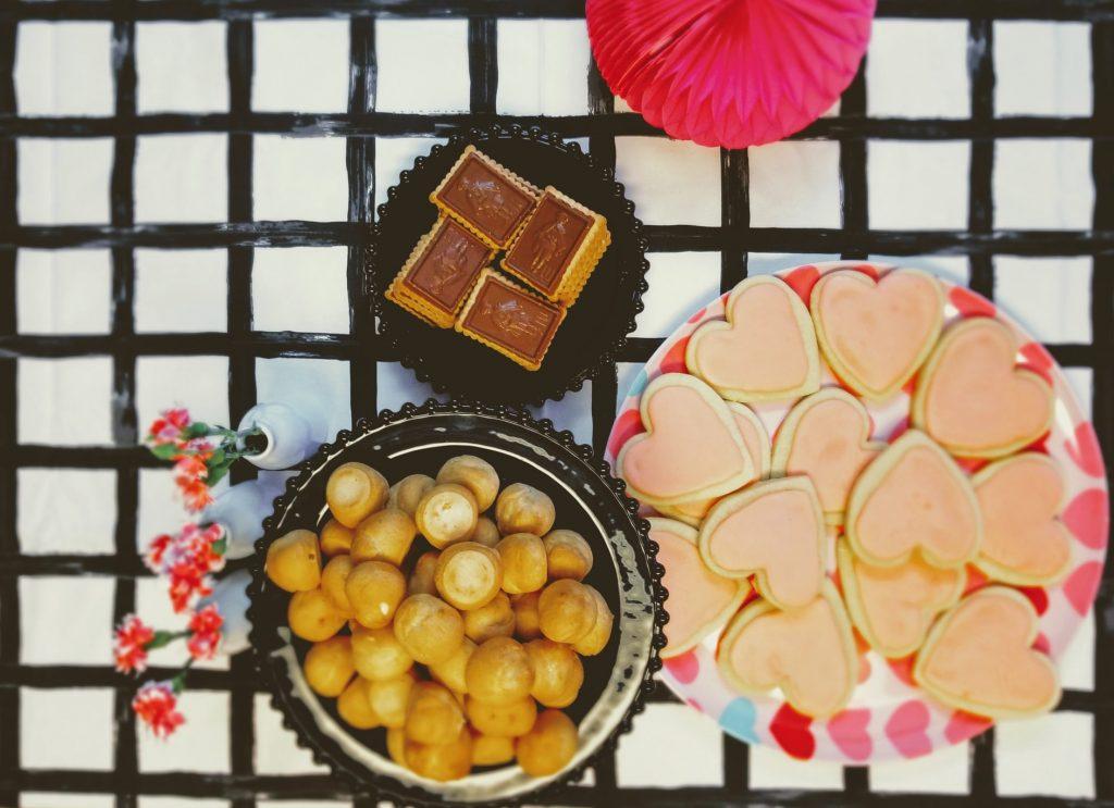 Рецепт нежнейшего печенья-сердечек на День Святого Валентина 2021