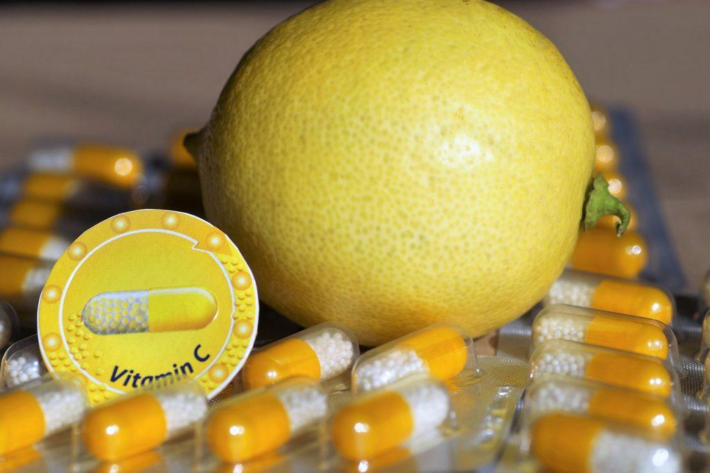 Витамины, которые не остановят симптомы COVID-19 вопреки всеобщему мнению