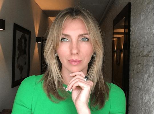 «Опять психанула»: Светлана Бондарчук лишилась длинных волос