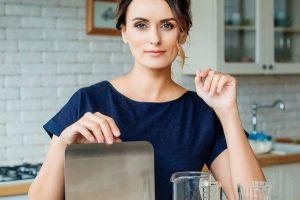 Какой инвентарь необходим для начинающего кондитера — рассказала Лиза Глинская