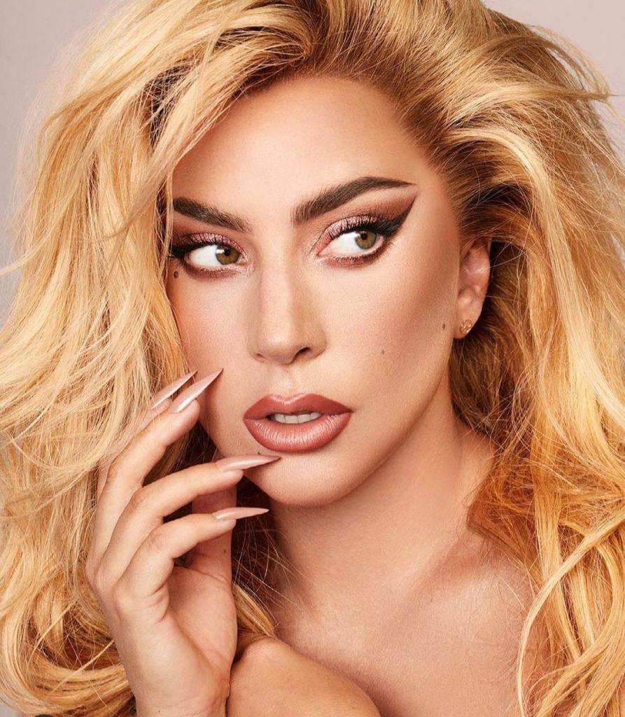 Не узнать! Леди Гага кардинально сменила имидж для нового фильма