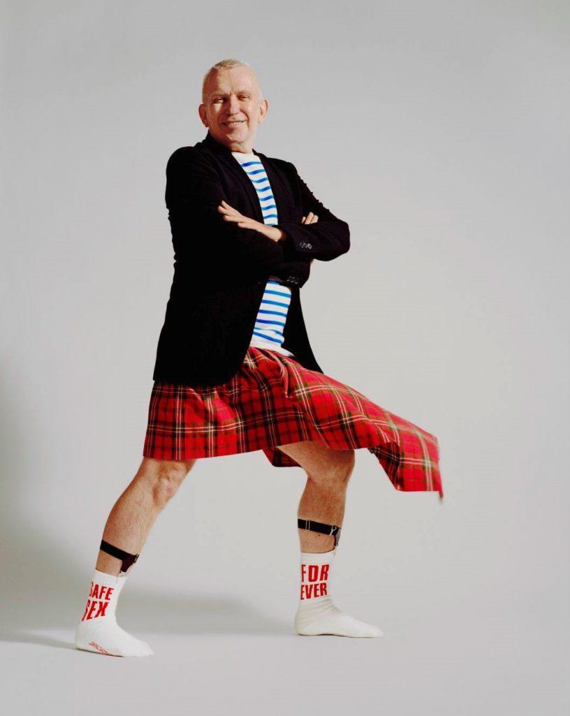 Жан-Поль Готье выпустил дизайнерские носки ради благотворительности