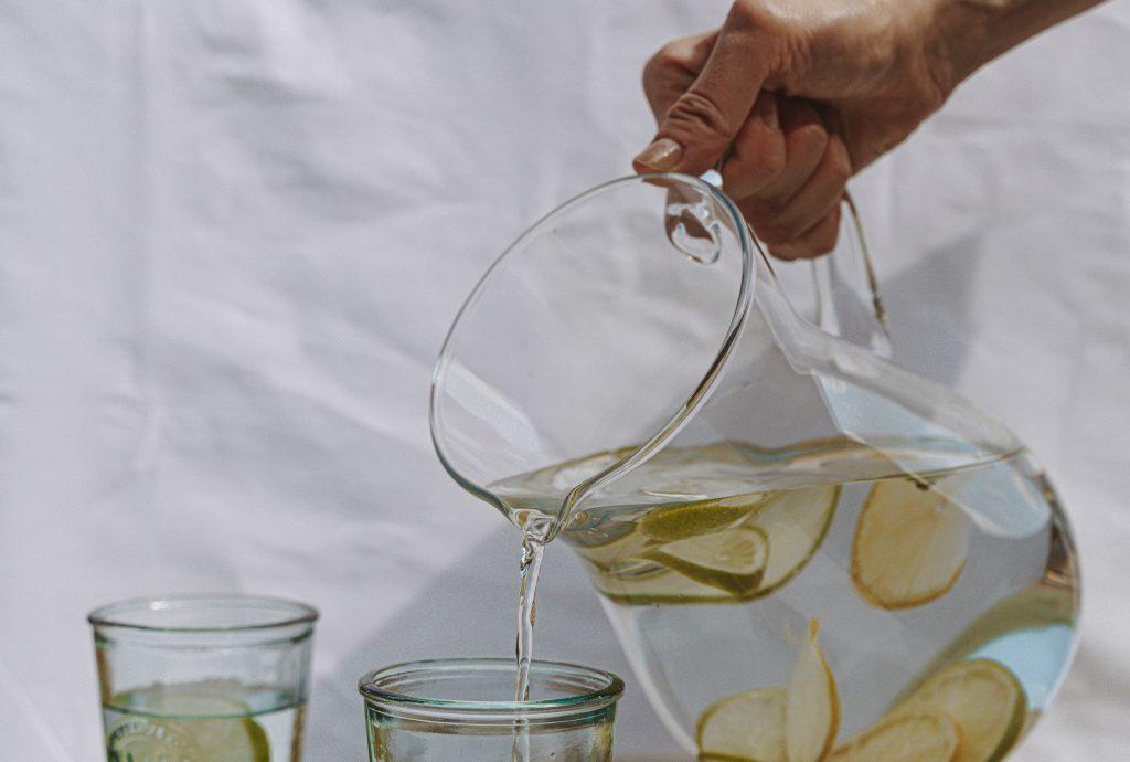 Что добавить в воду, чтобы мгновенно ускорить метаболизм и продлить жизнь