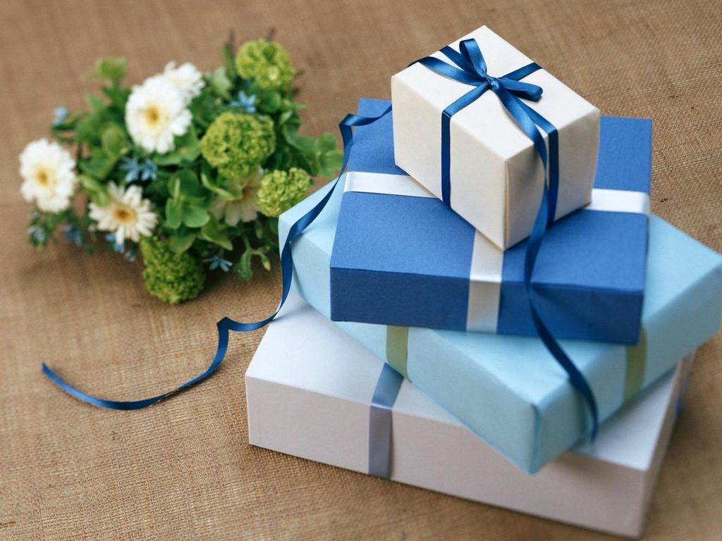 Что подарить на 8 марта близким: идеи подарков, которые запомнятся