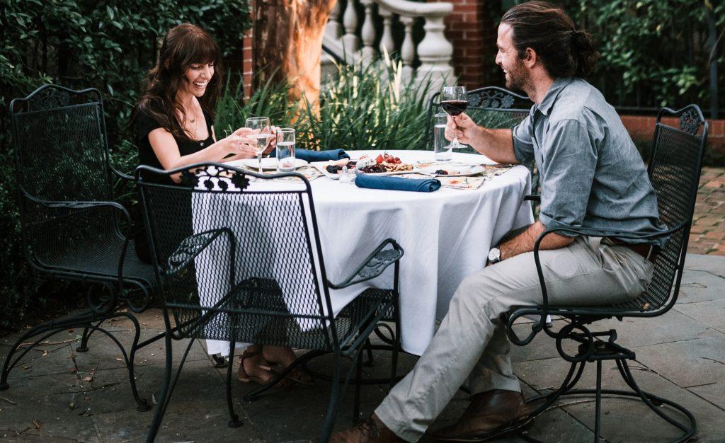Какая еда на первом свидании увеличивает вероятность развода в будущем