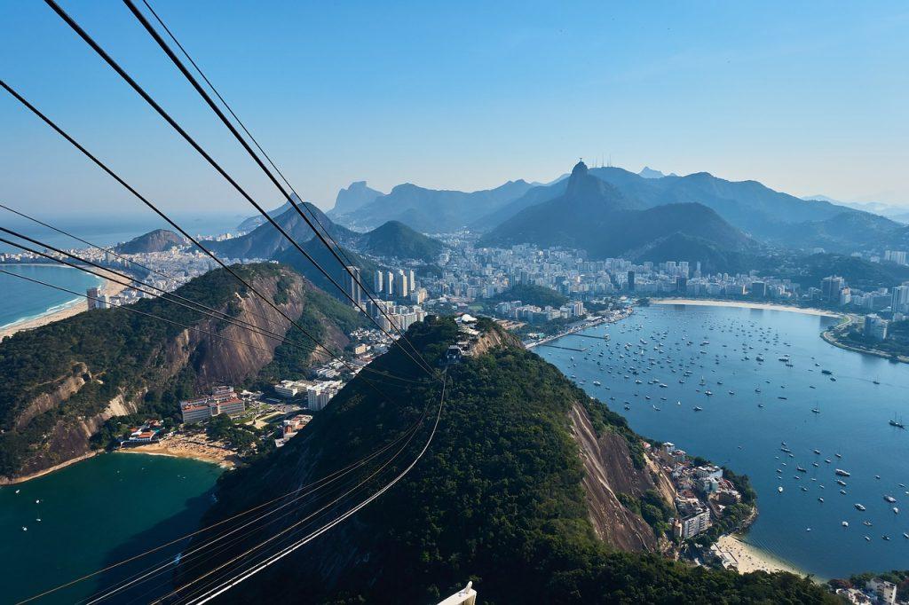 Долго лететь, но того стоит? Топ-5 причин посетить колоритную Бразилию